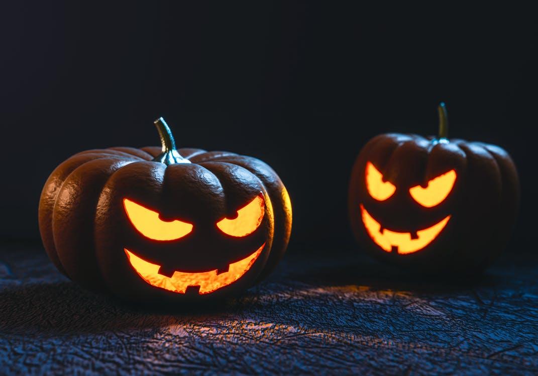 Wat Vieren Mensen Met Halloween.Dit Heb Je Nodig Om Thuis Te Kunnen Griezelen Met Halloween