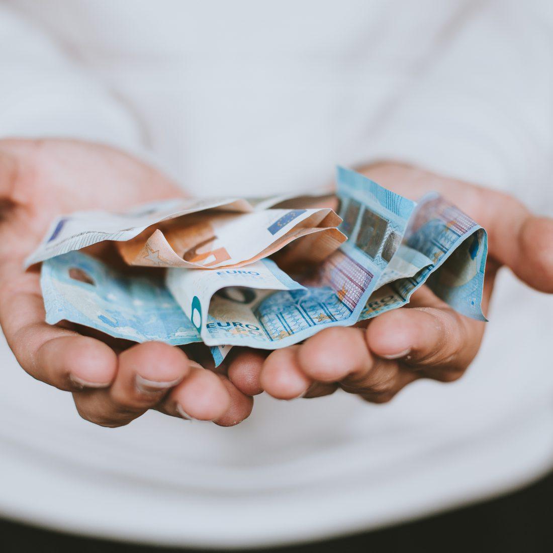 geld besparen huishouden